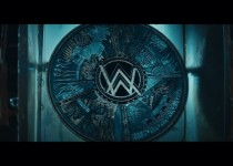 Alan Walker & Digital Farm Animals feat. Noah Cyrus 'All Falls Down'