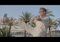 Lost Frequencies feat. The NGHBRS 'Like I Love You'